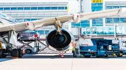 Airplane-at-airport-20200127104758_tn.jpg